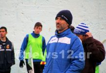 Ο Παναγιώτης Ζούνης στον πάγκο των Ατρομήτων στο γήπεδο Κοσκινού